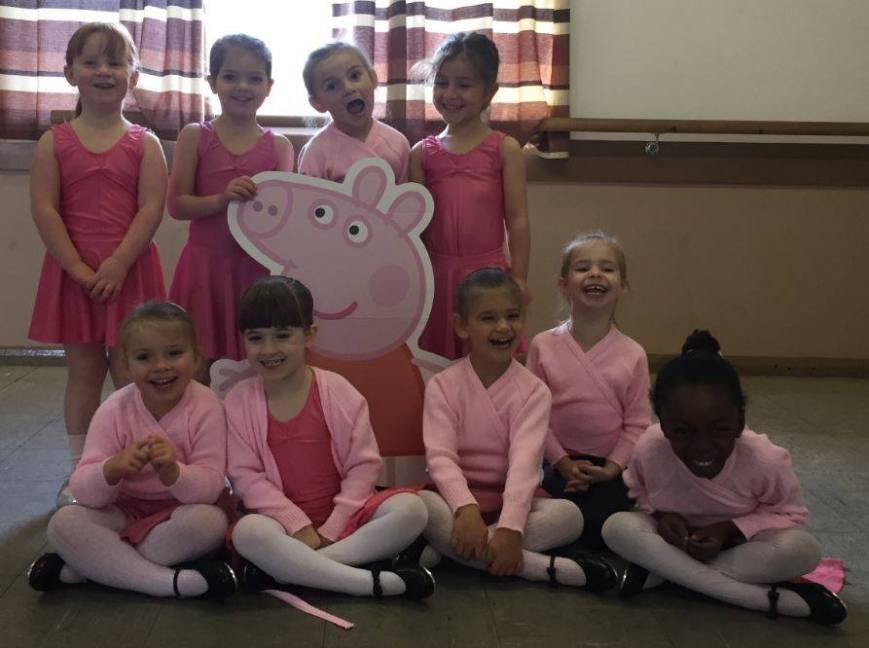 peppa-pig-join-girls-ballet-class